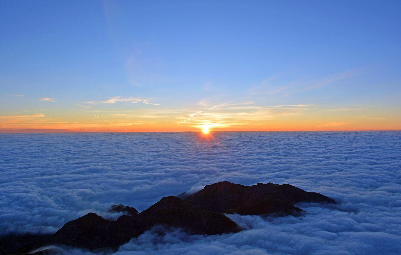 sunrise-1809178_1920