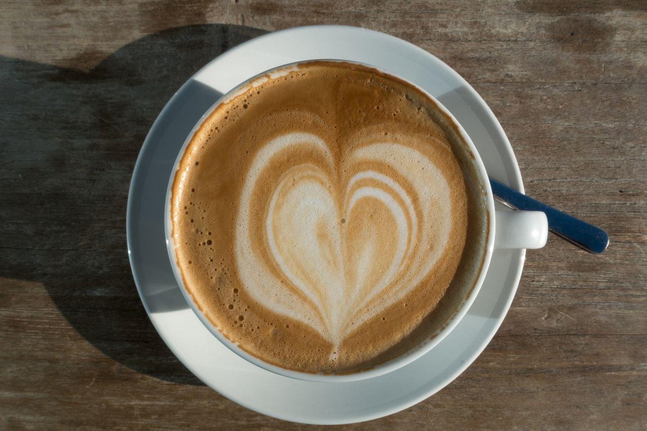 cappuccino-1137653_1920